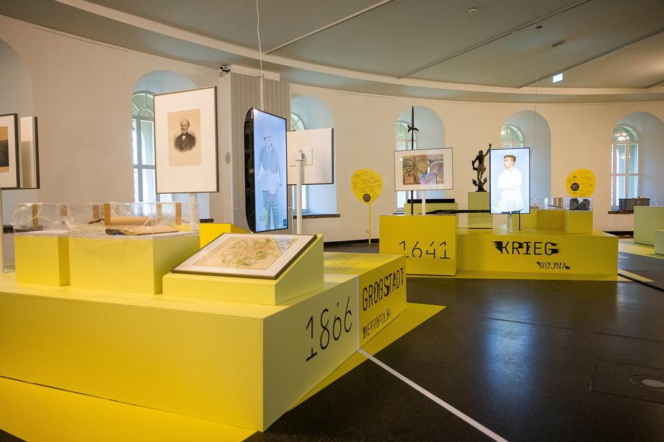 """Die neue Ausstellung im Görlitzer Kaisertrutz """"950 Jahre Zukunft"""" präsentiert sich in Gelb."""