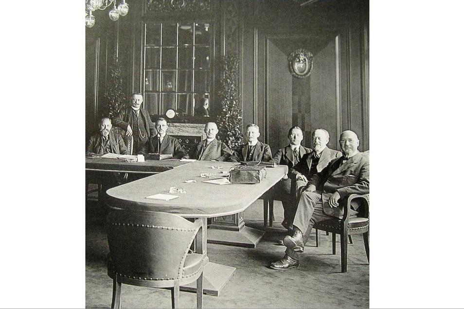 1921 schlossen sich Waggon- und Maschinenbaubetriebe zu einer gewaltigen Aktiengesellschaft zusammen. So entstand vor hundert Jahren die äußerst erfolgreiche Wumag AG Görlitz.