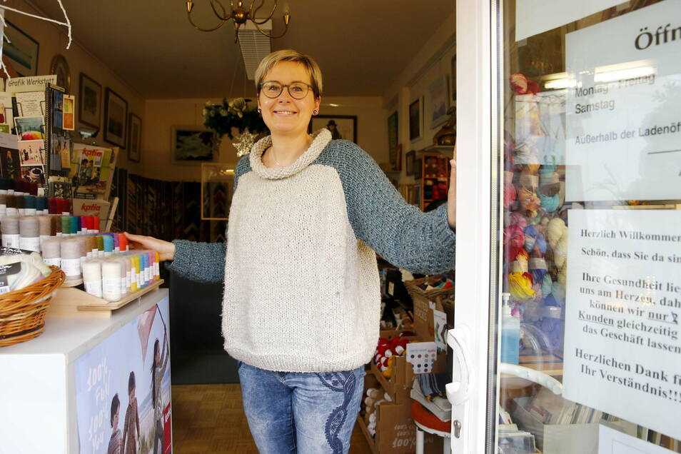 Antonia Balzer vom Wolldepot lädt in Radebeul-Ost am Samstag zum längeren Einkaufen ein.
