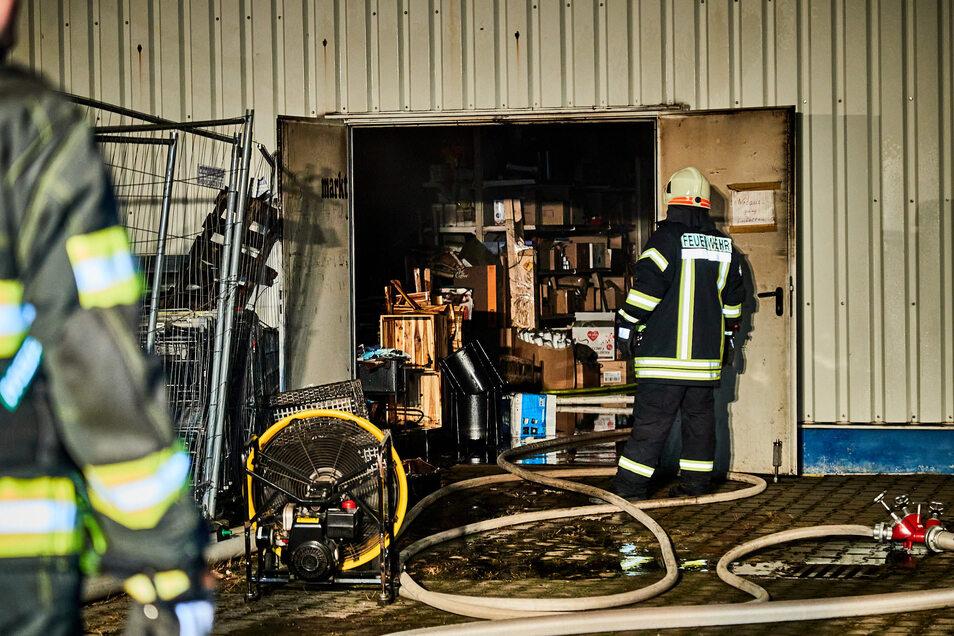 Nach einem Brand wurde zweimal in den Markt eingebrochen.