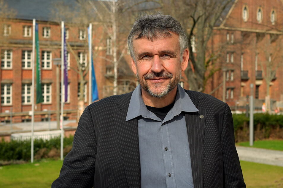 """Prof. Dr. Michael Kobel ist Prorektor Bildung der Technischen Universität Dresden und leitet die Fachkonferenz """"Miteinander leben in Bautzen"""" am 16. Oktober im Burgtheater."""