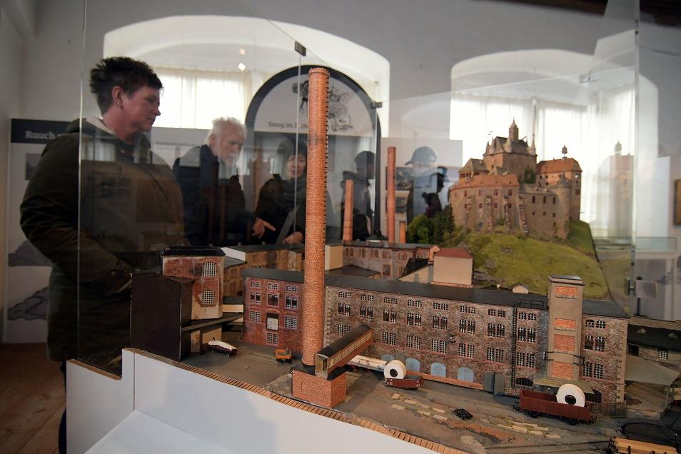 """Die Ausstellung """"Dicke Luft"""" ist um ein Jahr verlängert worden."""
