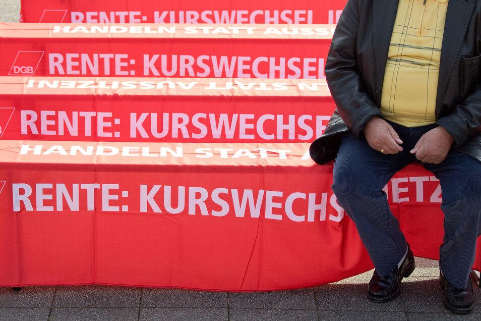Die Gewerkschaften wollen eine schnellere Angleichung von Ost- an Westrenten und vor allem die Einführung einer Grundrente.
