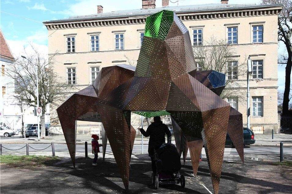 Und wie es sich für eine Herde gehört, wird auch diese Installation mehrfach den Ort wechseln.
