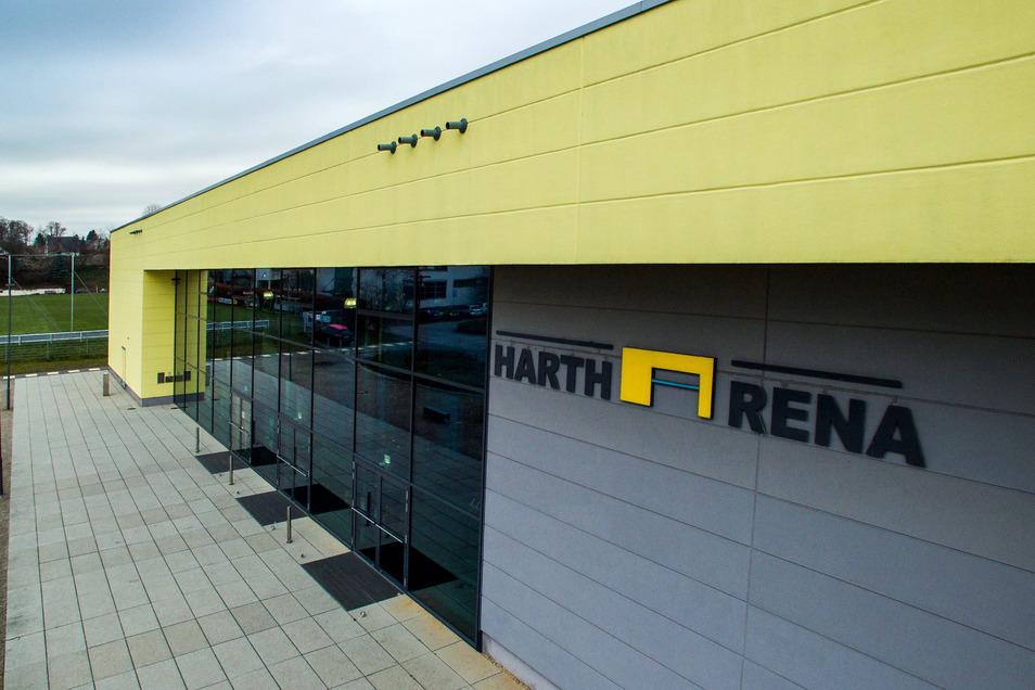 Die Hartharena lag in den vergangenen Monaten ruhig da. Doch jetzt ist zumindest der Trainingsbetrieb für Vereine und Freizeitsportgruppen wieder möglich.