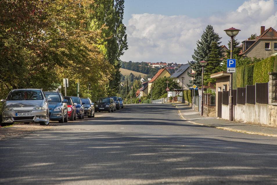 Die Pesterwitzer Straße in Freital wird ab nächste Woche saniert. Während der Bauarbeiten ist sie gesperrt.