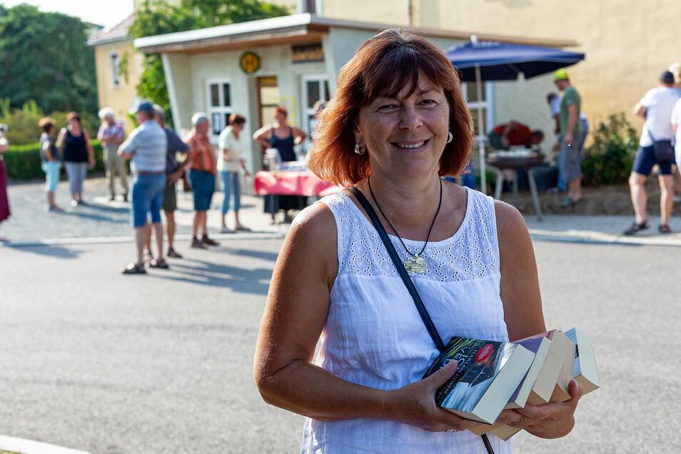 Tauscht ihr Lesefutter ein gegen neues: Mona Hockarth aus Nentmannsdorf.