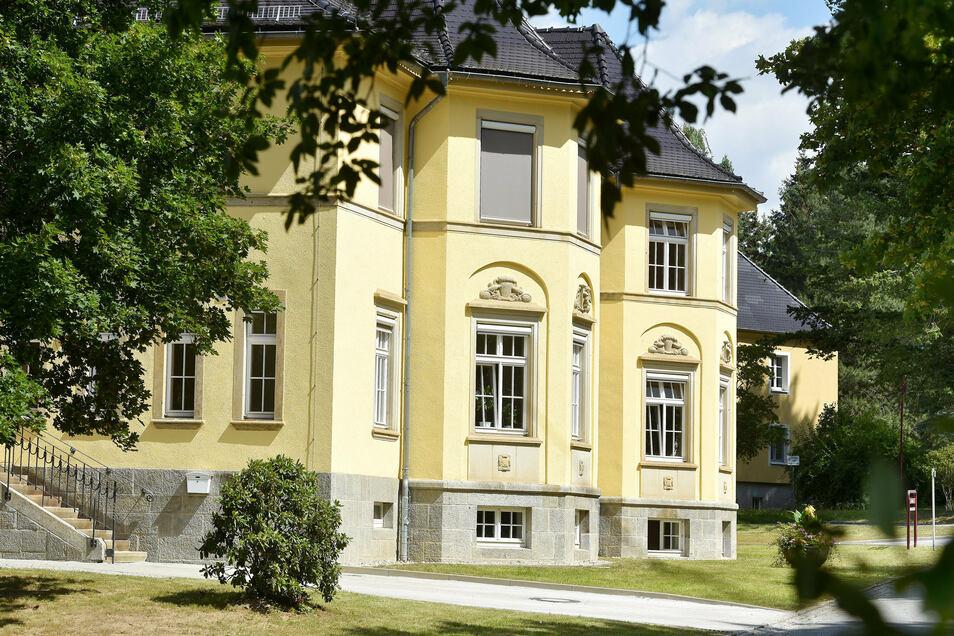Das historische Haus ist wie das gesamte Areal über 100 Jahre alt.
