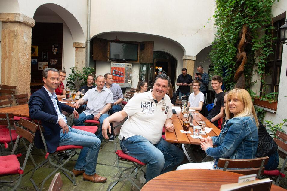 """Eine Vorahnung auf ein schlechtes Ergebnis hatten die CDU-Mitglieder bereits am frühen Wahlabend im """"Red Rooster""""."""