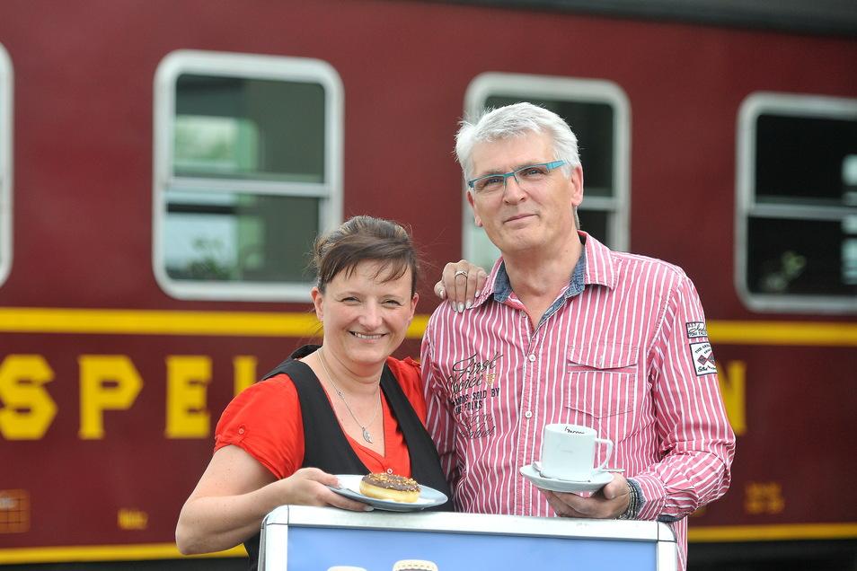 Vor fünf Jahren, im Sommer 2015, hatten Sandra und Wolfgang Jordan den Speisewagen der Zittauer Schmalspurbahn übernommen.
