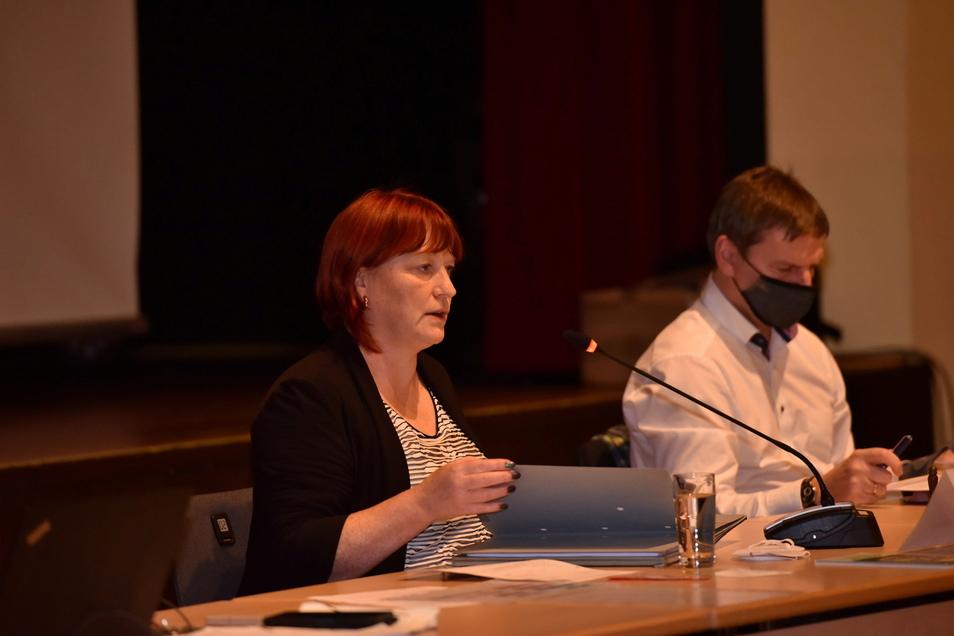 Oberbürgermeisterin Kerstin Körner (CDU) hat den Stadtrat zu seiner ersten öffentlichen Sitzung in diesem Jahr einberufen. Er hat eine Fülle von Themen abzuarbeiten.