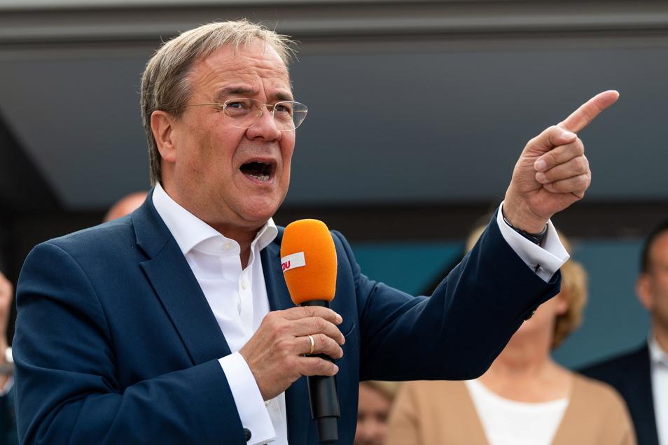 Armin Laschet (CDU) will am Montag seinen Rücktritt als Ministerpräsident von Nordrhein-Westfalen einreichen.