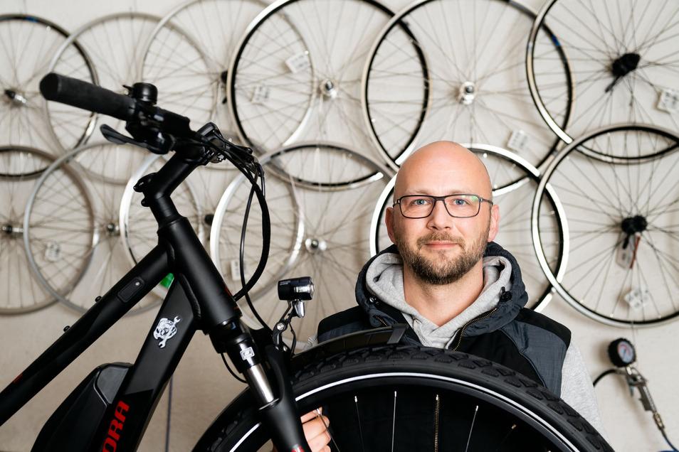 Fahrradhändler Axel Koller bietet seit vergangenem Jahr das Leasing durch den Arbeitgeber an. Den Anstoß hatten Kunden gegeben, die sich bei ihm meldeten.