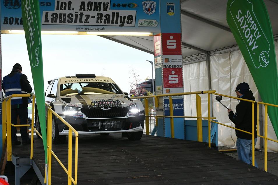Ein Pilot am Start zur 23. Internationale ADMV-Lausitz-Rallye Anfang November.
