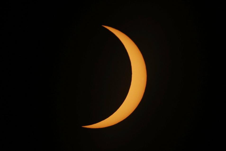 .Es ist die zweite totale Sonnenfinsternis in der Region innerhalb von etwa eineinhalb Jahren.