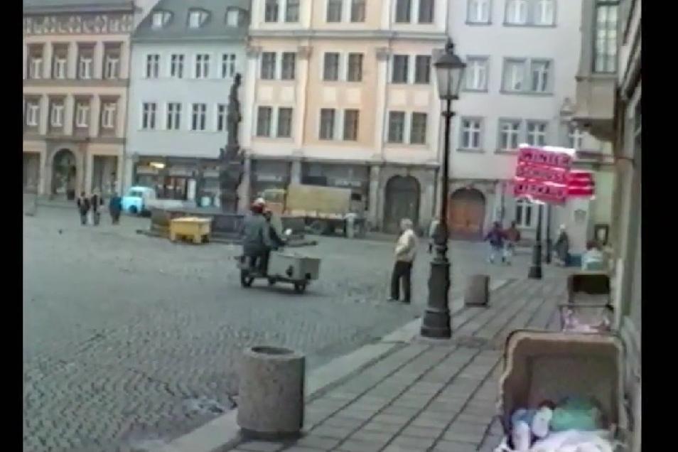 Diese Aufnahme machte Wolfgang Ettlich 1990 auf dem Markt.