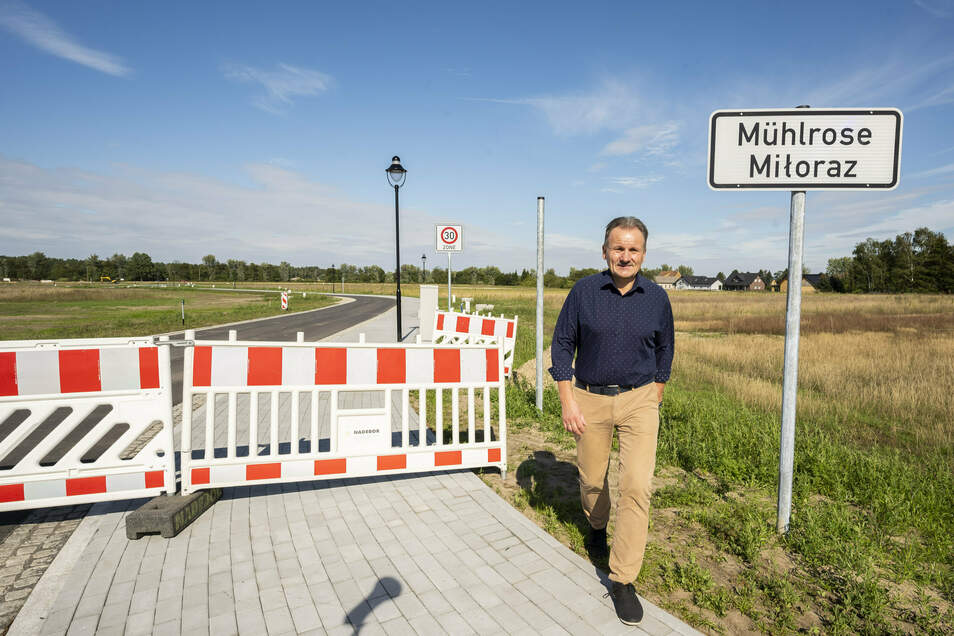 """Wenn man Neues anpackt, muss man Altes loslassen. Hier ist das neue Mühlrose"""", sagt Bürgermeister Waldemar Locke."""