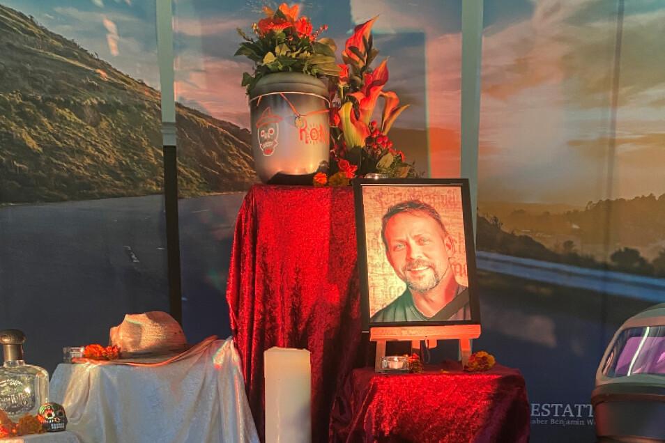 Am 16. Oktober verabschiedeten sich Freunde und Verwandte von Ronny.