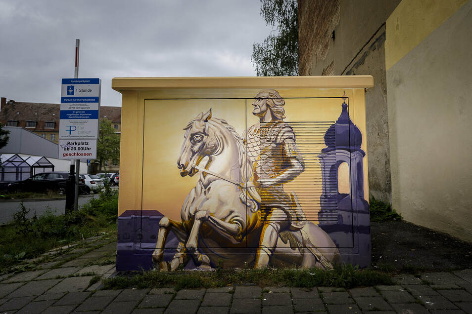 Dresden Motive gehören natürlich an das Trafohäuschen Dresdener Straße.