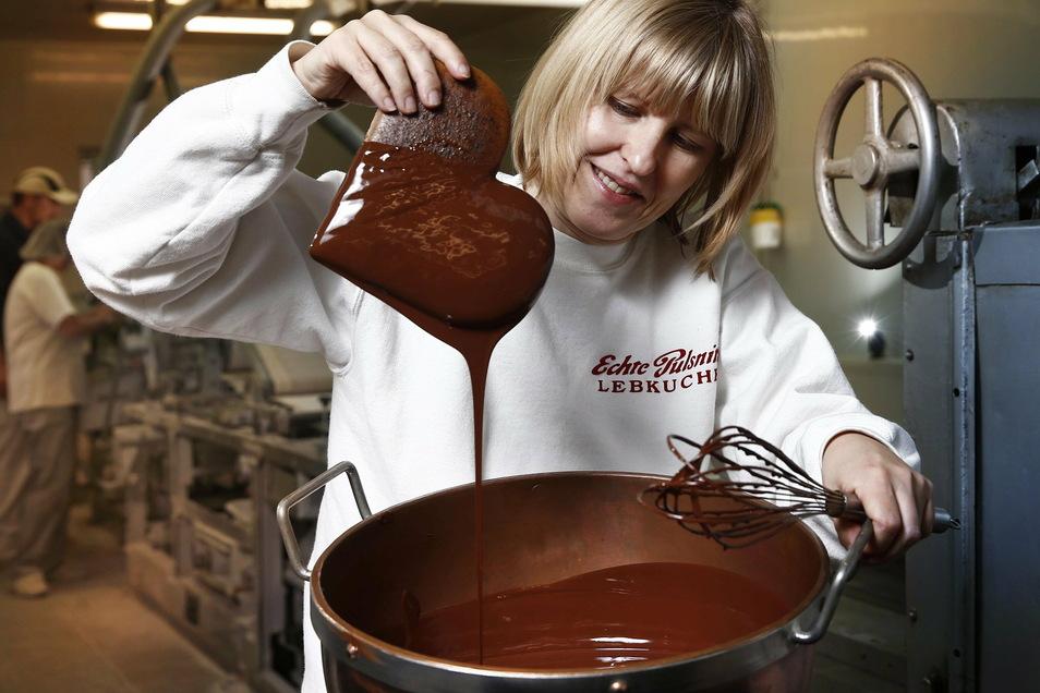Ines Frenzel ist die Geschäftsführerin der Pulsnitzer Lebkuchenfabrik. Auch an diesem Unternehmen kommt man auf dem Pfefferkuchen-Pfad vorbei.