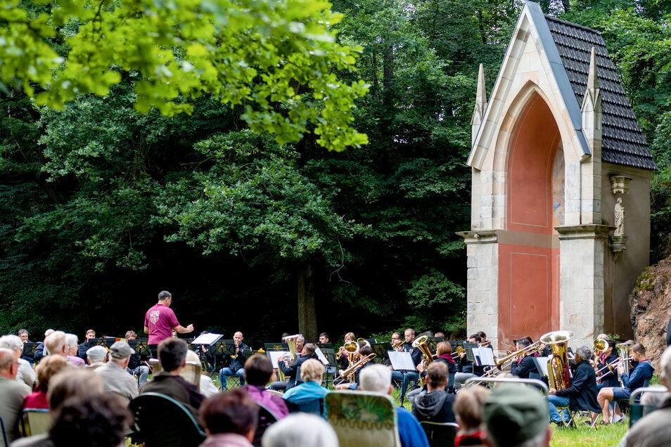 Im August letzten Jahres hatte der Posaunenchor bereist zum Picknick ins Lieblingstal eingeladen.