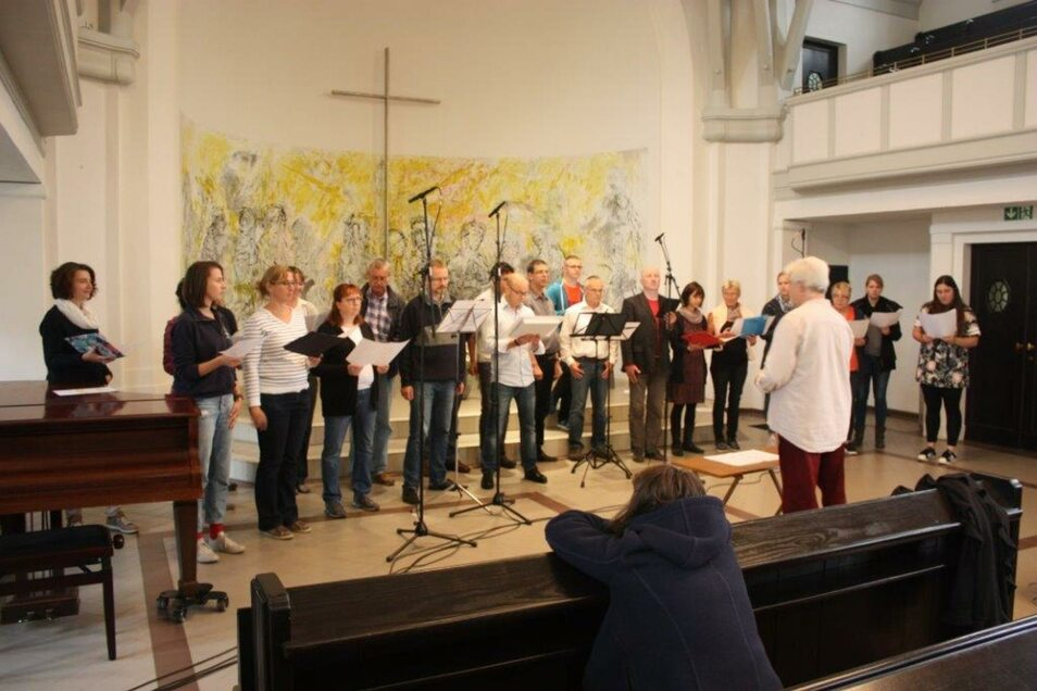 Der Chor bei der Aufnahme.