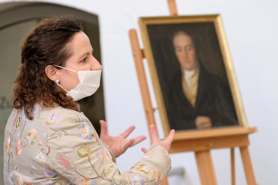 Romy Donath und ihr Mann Matthias Donath schenken dem Stadtmuseum ein Gemälde, das mehr als 30 Jahre vermisst wurde.
