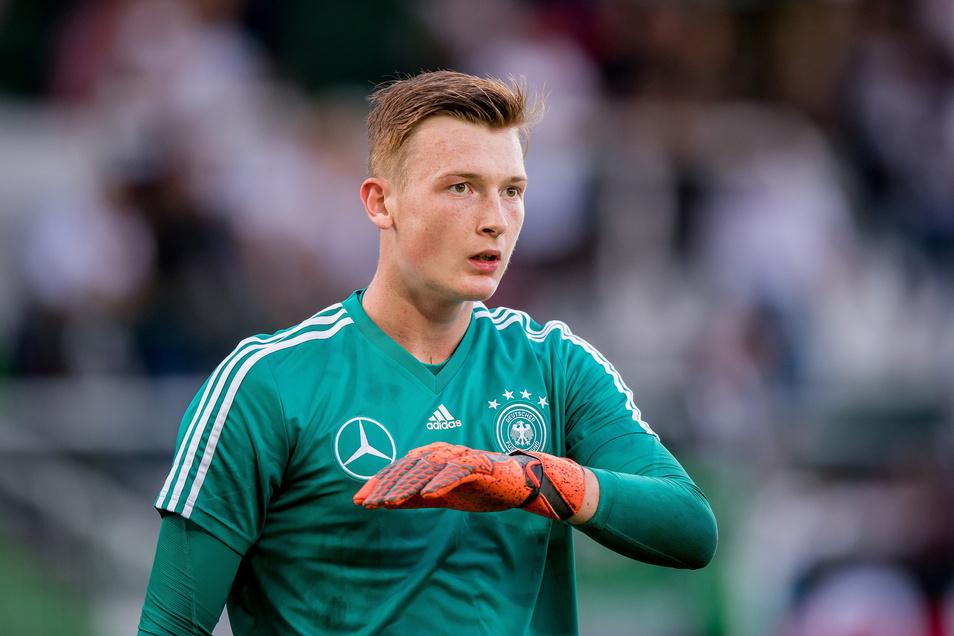 Torwart Markus Schubert hat seinen Status als Nummer eins in der deutschen U21-Auswahl verloren.