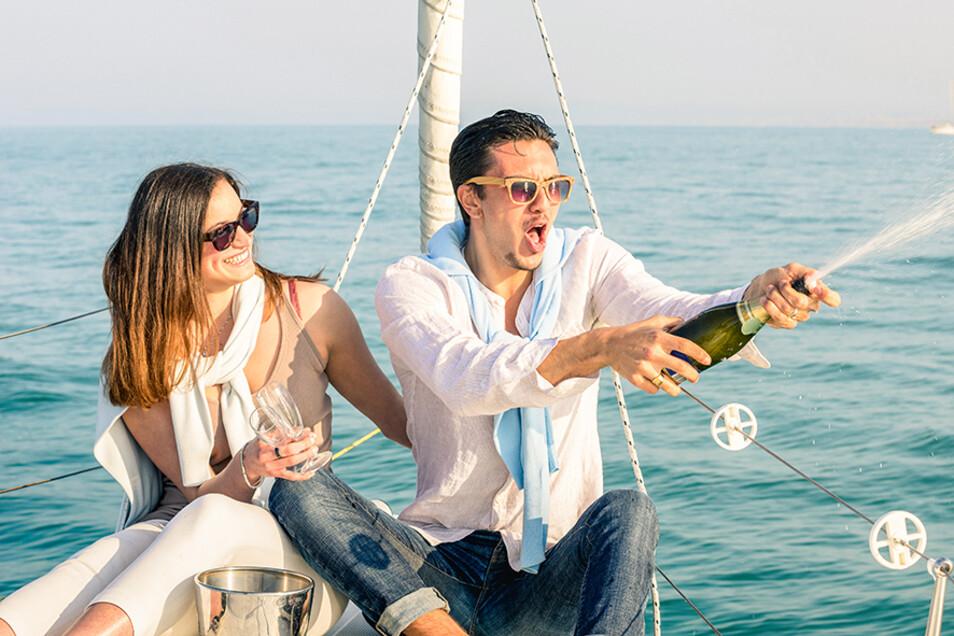 """Freizeit muss nicht eintönig sein - die Doppelmesse """"Feiern & Genießen"""" & """"Reisen und Vital"""" zeigt, wie es geht."""