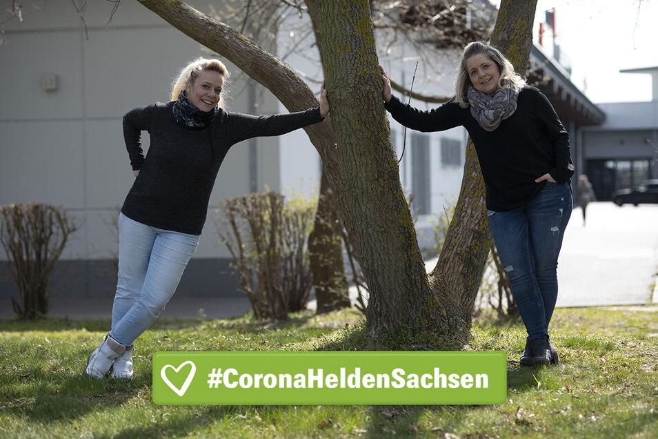 Sie kommen gern auf Arbeit - auch in diesen schwierigen Zeiten: Anja Schweda und Katja Schäfer sorgen im Kamenzer Kaufland dafür, dass der Laden läuft.