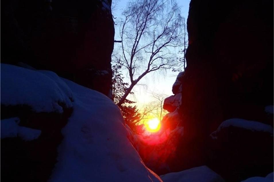 Sonnenaufgang am Kleinen Bärenstein. Ein Bild von Peer Zickler.