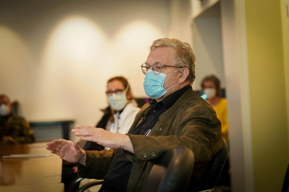 Reiner Rogowski, Geschäftsführer der Oberlausitz-Kliniken, ist für die Hilfe der Bundeswehr in den Krankenhäusern in Bautzen und Bischofswerda sehr dankbar.