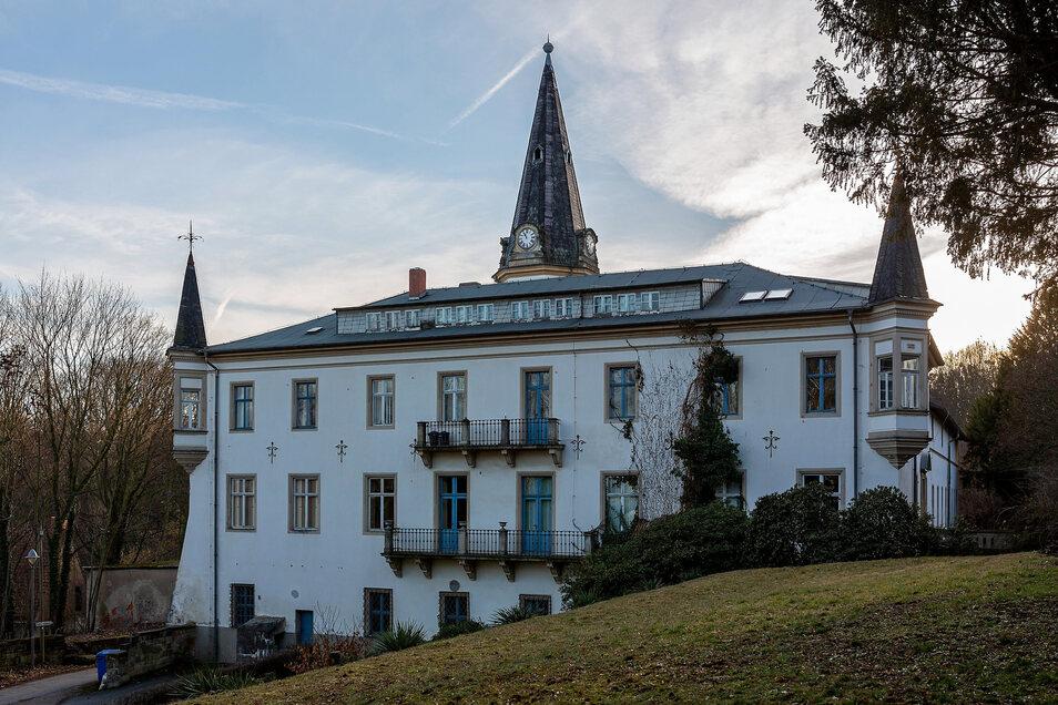 Die langgestreckten Gauben an Schloss Nöthnitz waren ein DDR-Umbau.