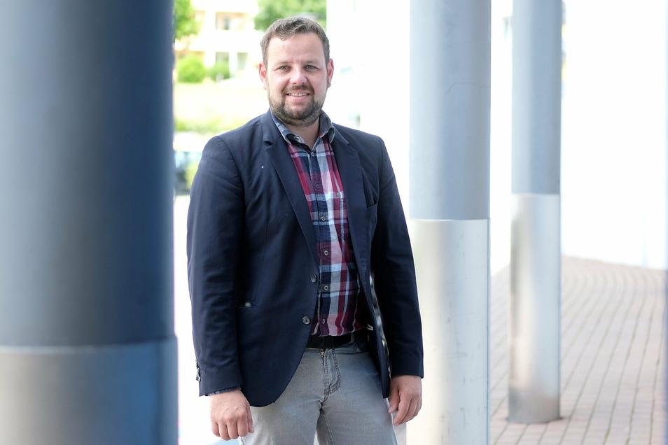 Sebastian Fischer (38) ist Meißner CDU-Kreisvorsitzender und möchte die Nachfolge von Thomas de Maiziére im Bundestag antreten. Doch dazu muss er erst einmal von seinen eigenen Mitgliedern gewählt werden.
