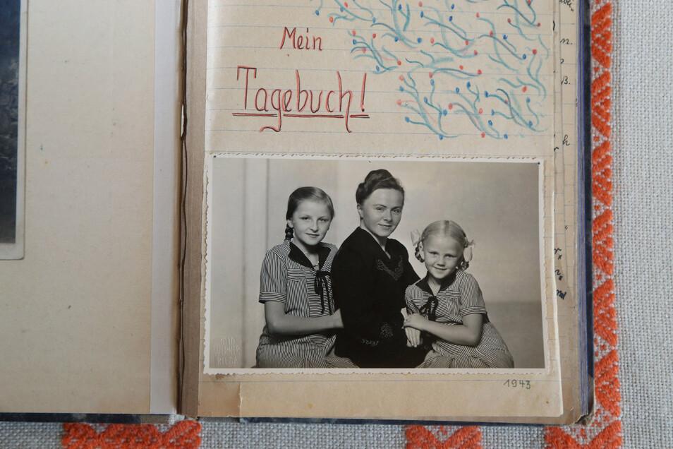 In ihrem Tagebuch hielt die heute 90-jährige Ursula Vierig die Ereignisse vom Kriegsende in Riesa fest. Auf dem Foto von 1943 ist sie links zu sehen, mit ihrer Mutter Helene und der kleinen Schwester Ruth. Auch die Mutter führte ein Tagebuch - die Erinner