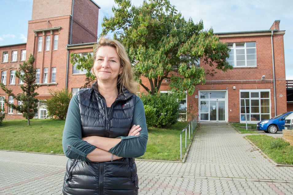 Die Firma Yeti hat ihr neues Domizil in der Rauschwalder Straße bezogen. Cornelia Buhse ist hier Betriebsstellenleiterin.