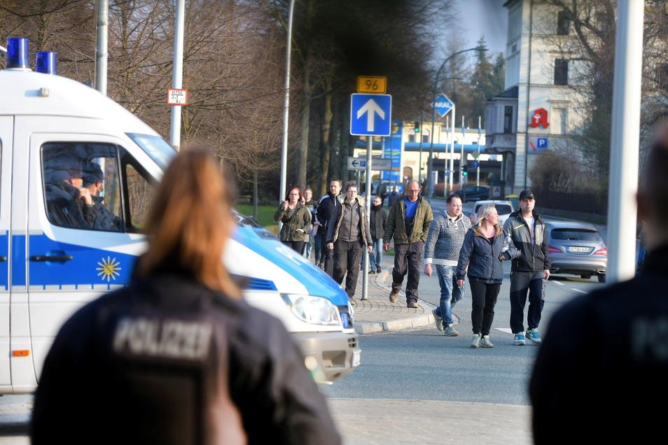 An mehreren stellen entlang des Stadtrings hatte die Polizei Kontrollstellen eingerichtet.