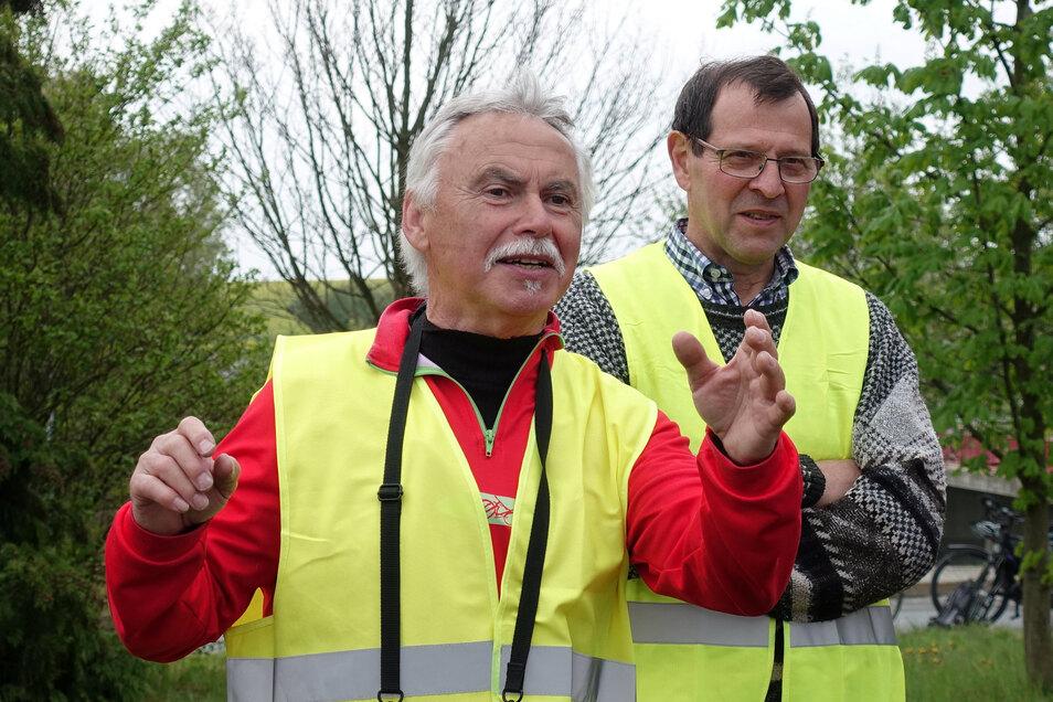 Helmar Nestroy (li.) und Konrad Weber von der Bürgerinitiative bekommen Unterstützung von ADFC.