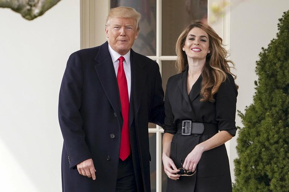 Trumps enge Beraterin Hope Hicks war zuvor positiv auf das Virus getestet worden.