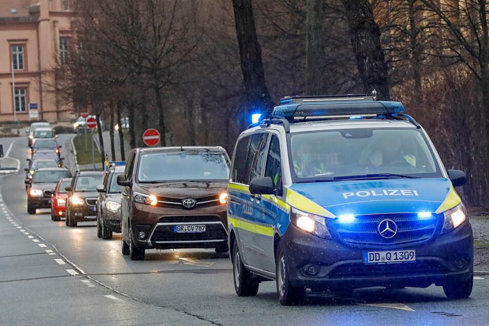 Am Sonntag führen zwei Autokorsos von Bautzen und Görlitz aus nach Großschönau zu einer gemeinsamen Kundgebung. Die Görlitzer Route führt wie bei vergangenen Korsos über Zittau (Foto).