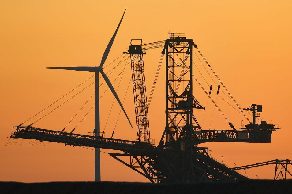 Mit der Kohle aus Welzow werden vor allem die Kraftwerke Jänschwalde (Foto) und Schwarze Pumpe versorgt.