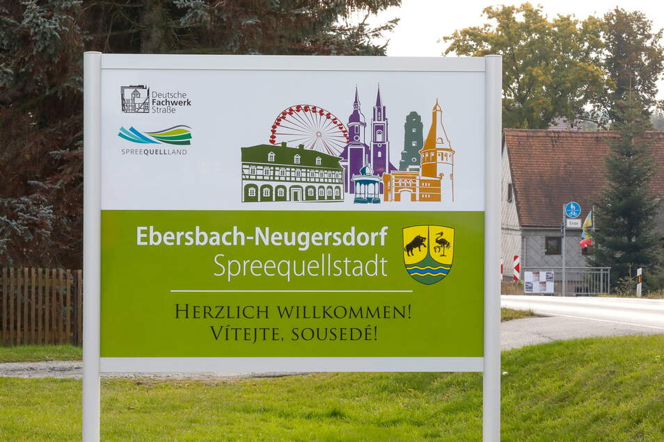 Ebersbach-Neugersdorf will bei Stadtratssitzungen jetzt auch den digitalen Weg ausprobieren.