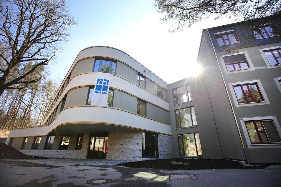Frsich zertifiziert: Neue Klinik im Epilepsiezentrum Kleinwachau