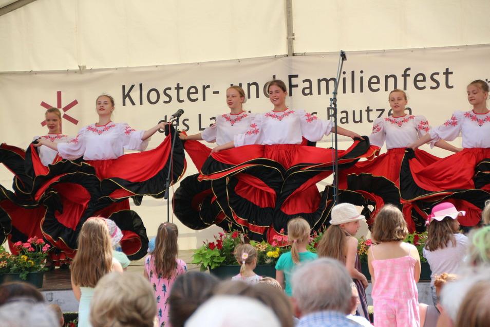 """2019 fand das Kloster- und Familienfest in Panschwitz-Kuckau großen Andrang. 2020 musste es aufgrund von Corona ausfalllen. 2021 steht es unter dem Motto """"Regional hat Wert""""."""