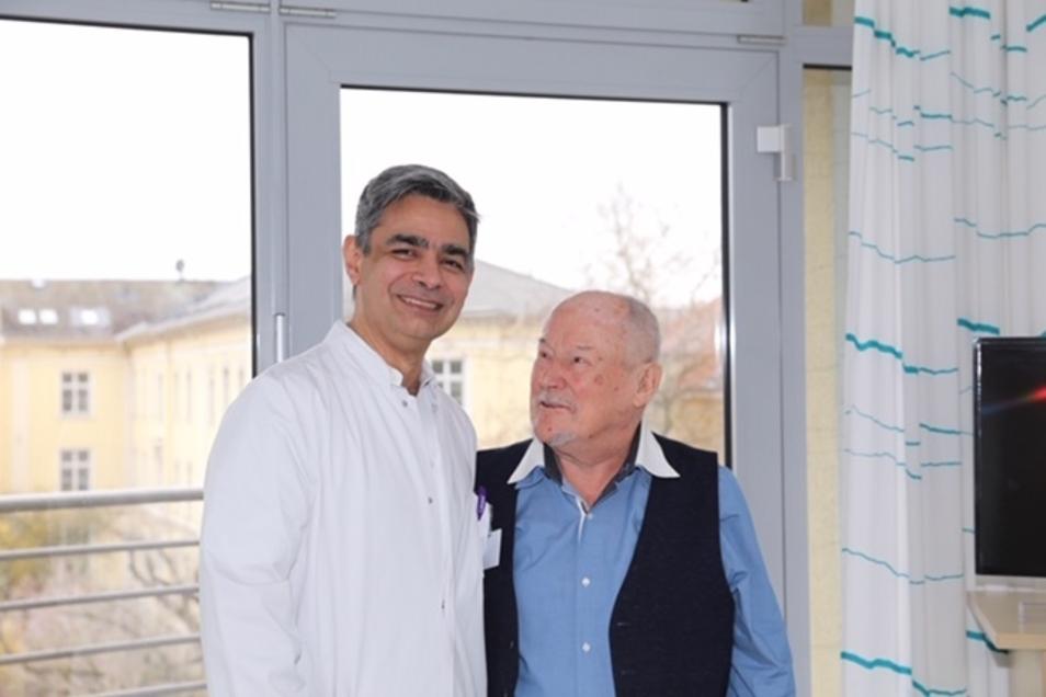 Dr. Ameer Al-Nakkash (li.) rettete dem Dresdner Kurt M. das Leben.
