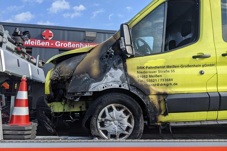 Der Fahrdienstleiter des DRK Meißen-Großenhain schätzt den Sachschaden auf etwa 100.000 Euro.