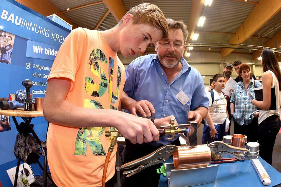 In diesem Jahr findet die Ausbildungsmesse des Landkreises Görlitz wegen Corona online statt. Bei dem Insidertreff in Löbau in vergangenen Jahren präsentierte auch die Metallbau-Innung Angebote.