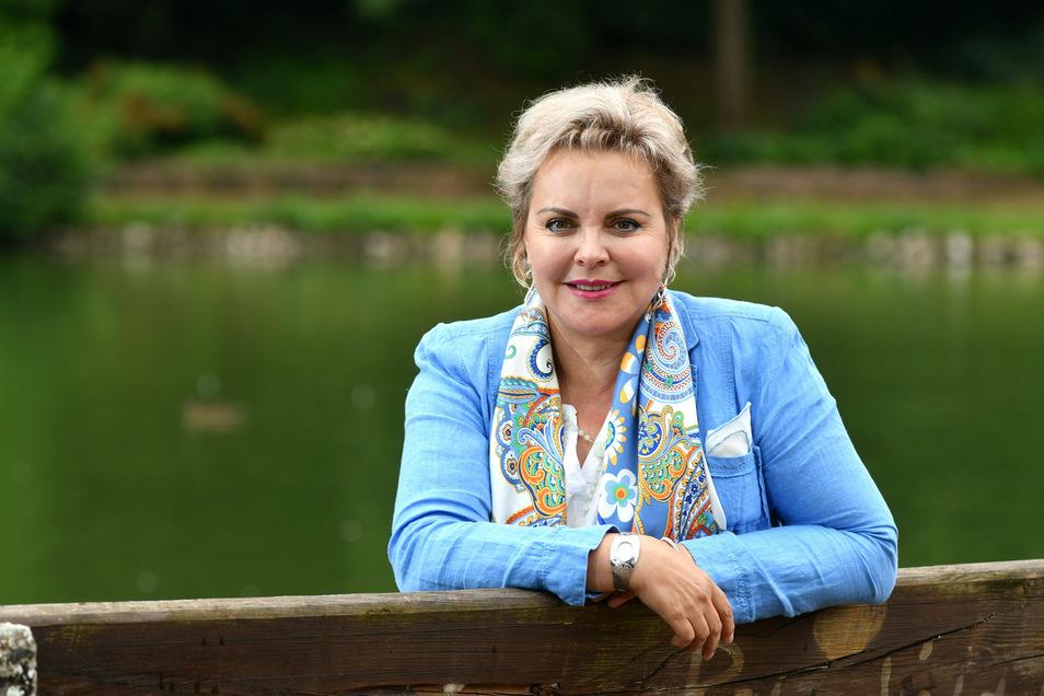 CDU-Bundestagsabgeordnete Veronika Bellmann informiert über Corona-Hilfen.