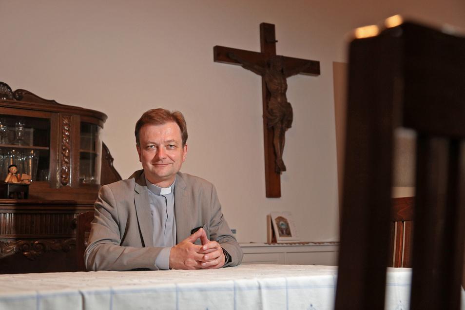 Pfarrer Ulrich Dombrowsky verlässt nach reichlich vier Jahren Riesa und wechselt nach Dresden.