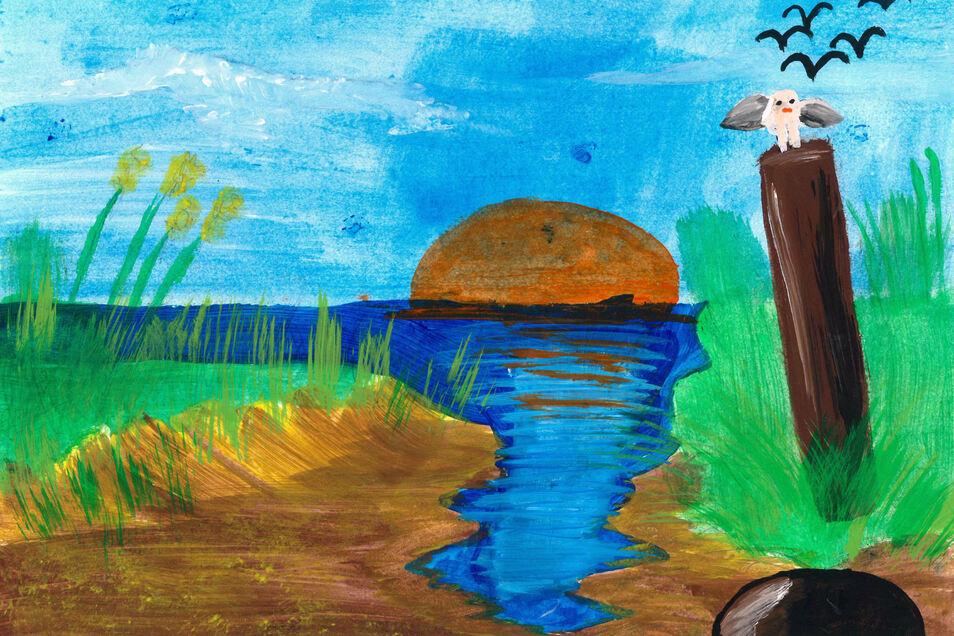 """Lea Skadow träumt sich in den """"Sonnenuntergang am See"""". Es ist eine Fantasie, ein ruhiger Abend an einem See. Man sieht das andere Ufer nicht. Die Sonne versinkt am Horizont scheinbar im Wasser. Ein paar Vögel am Himmel fliegen ihren Nachtlagern zu. Nur d"""